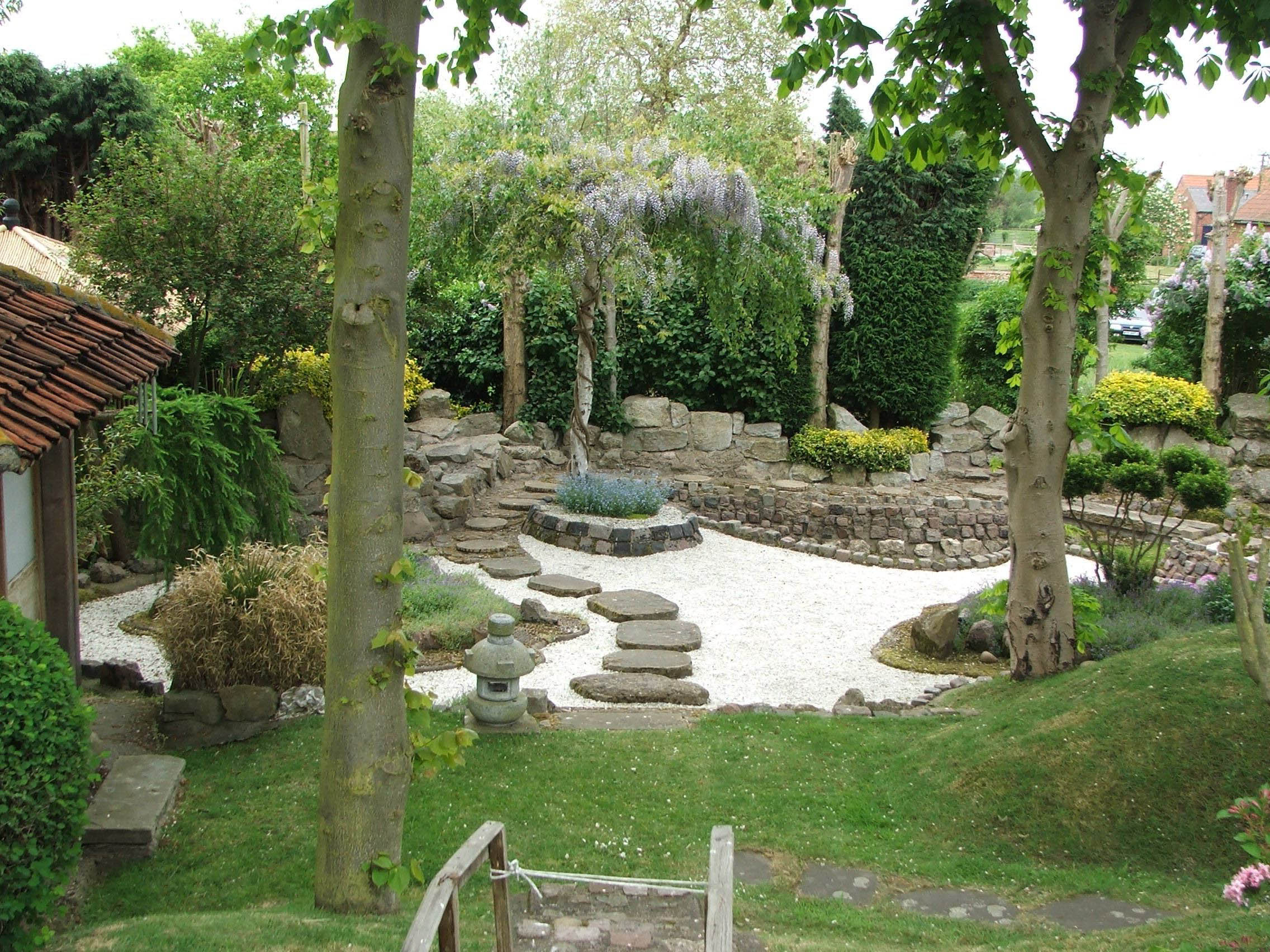 Interesting Japanese Garden Designs Ideas